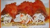 Receta Thermomix Rolitos de Salmón ahumado rellenas de gulas con vinagreta de tomate