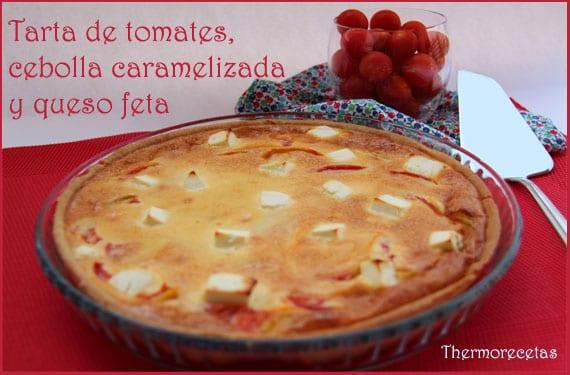 Tarta de tomates, cebolla caramelizada y queso feta