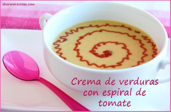 Crema de verduras con espiral de tomate en Thermomix