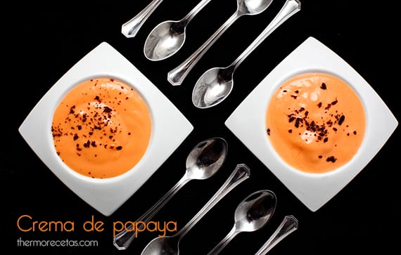 Crema de papaya y chocolate negro