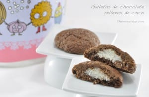 Galletas de chocolate rellenas de coco
