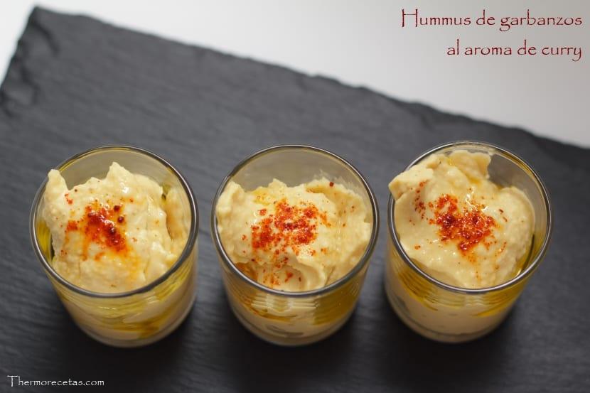 Hummus de garbanzos al aroma de curry