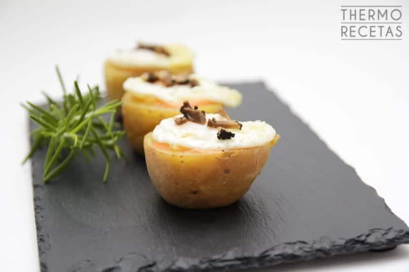 Patatas Rellenas De Salmorejo Con Huevos De Codorniz Y Trufa