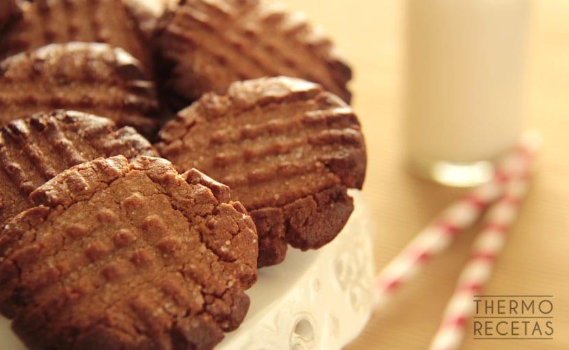 galletas-de-mantequilla-de-cacahuete-thermorecetas