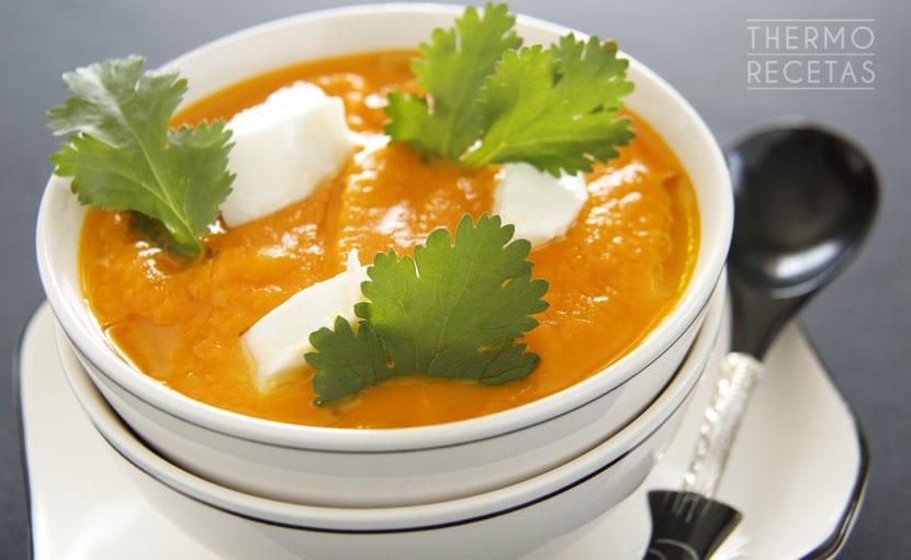 crema-de-zanahoria-y-tomate-thermorecetas