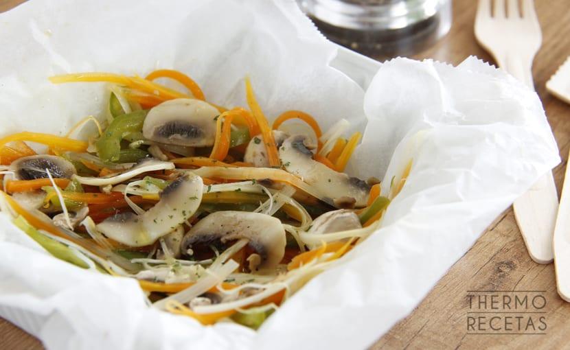 papillote-de-verduras-y-5-salsas-thermorecetas