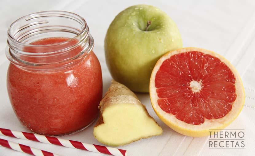 zumo-de-desayuno-con-fresas-y-pomelo-thermorecetas
