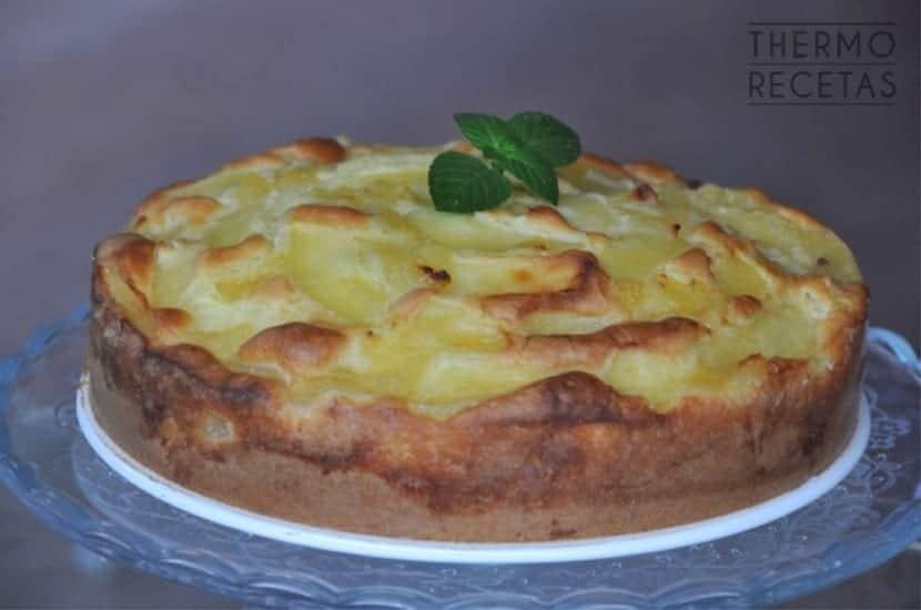 bizcocho-manzanas-almibar