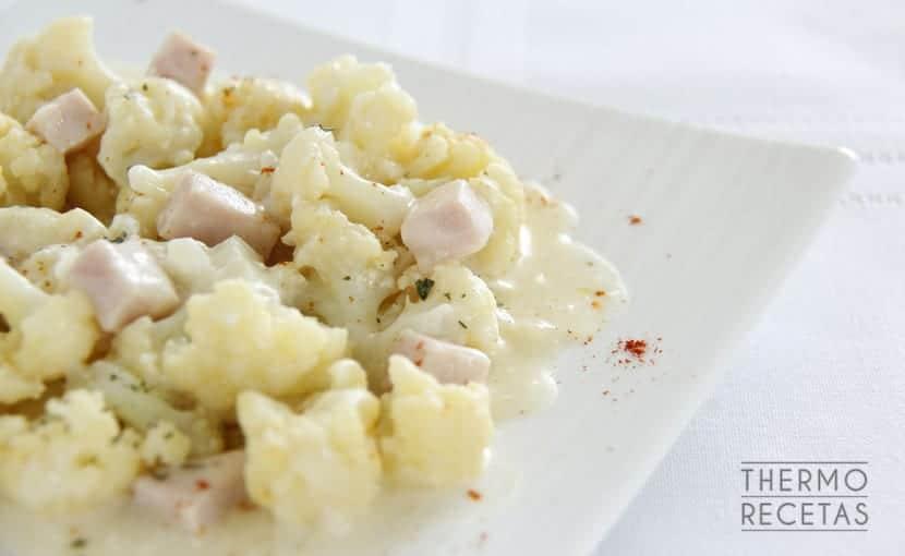 coliflor-con-salsa-de-yogur-thermorecetas
