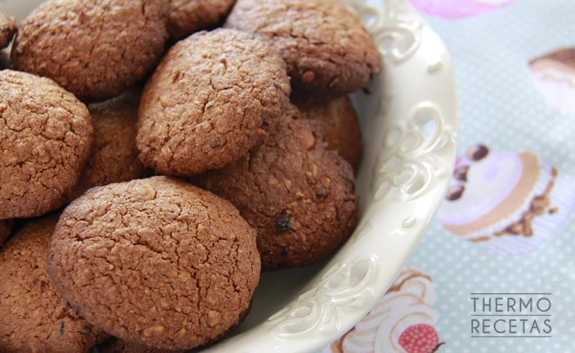galletas-integrales-de-nueces-y-dátiles-thermorecetas