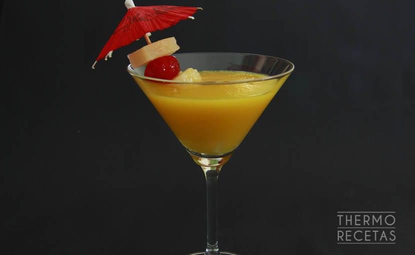zumo-de-piña-naranja-y-mango-thermorecetas