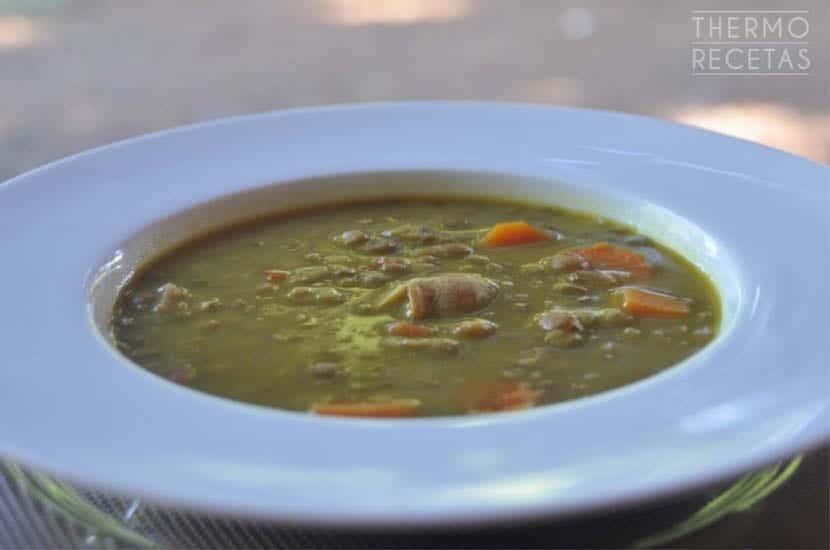 lentejas-con-curcuma-y-verduras