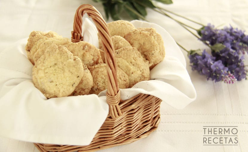 galletas-de-lavanda-thermorecetas