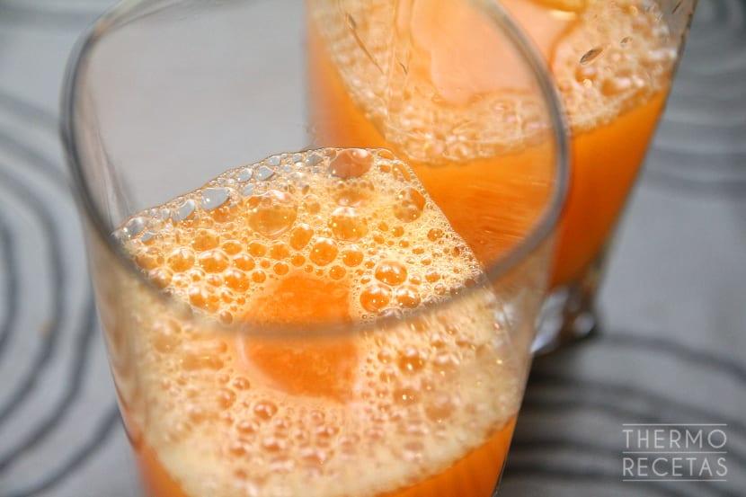 zumo-de-pomelo-y-zanahoria