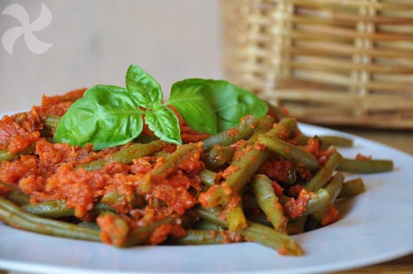 Judías verdes al vapor con tomate