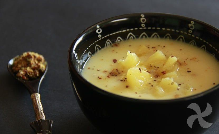 Crema suave de repollo y manzana