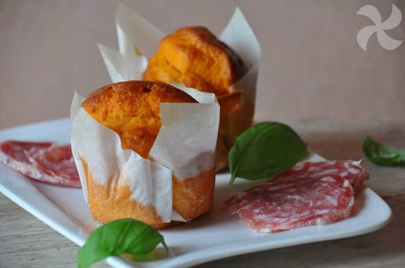 Muffins salados de tomate
