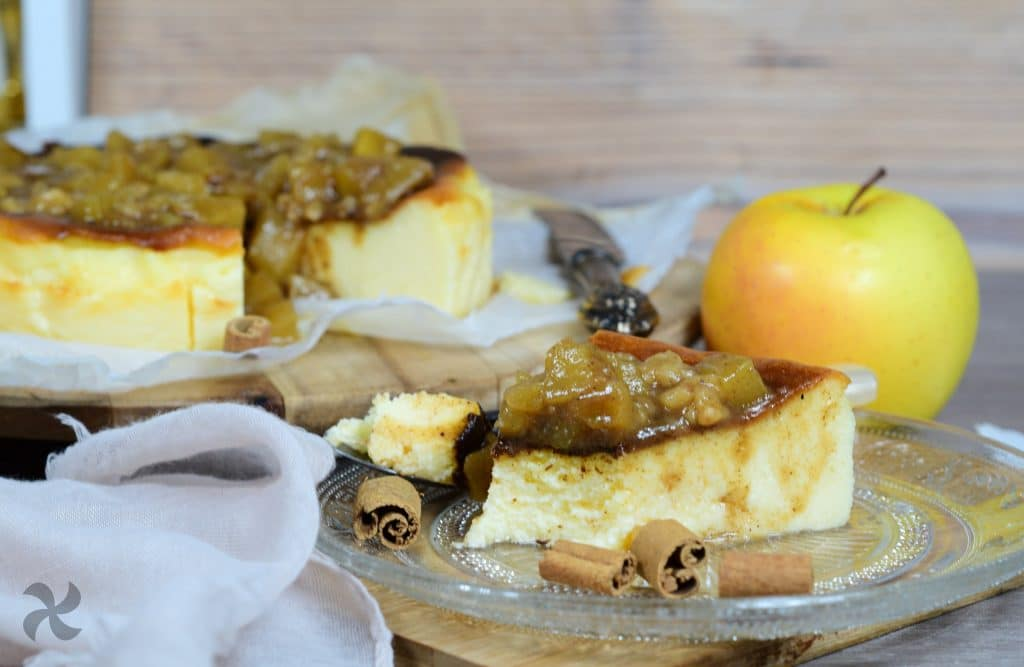 Tarta de queso de la Viña con manzana