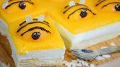 Tarta de abejitas hecha con melocotón