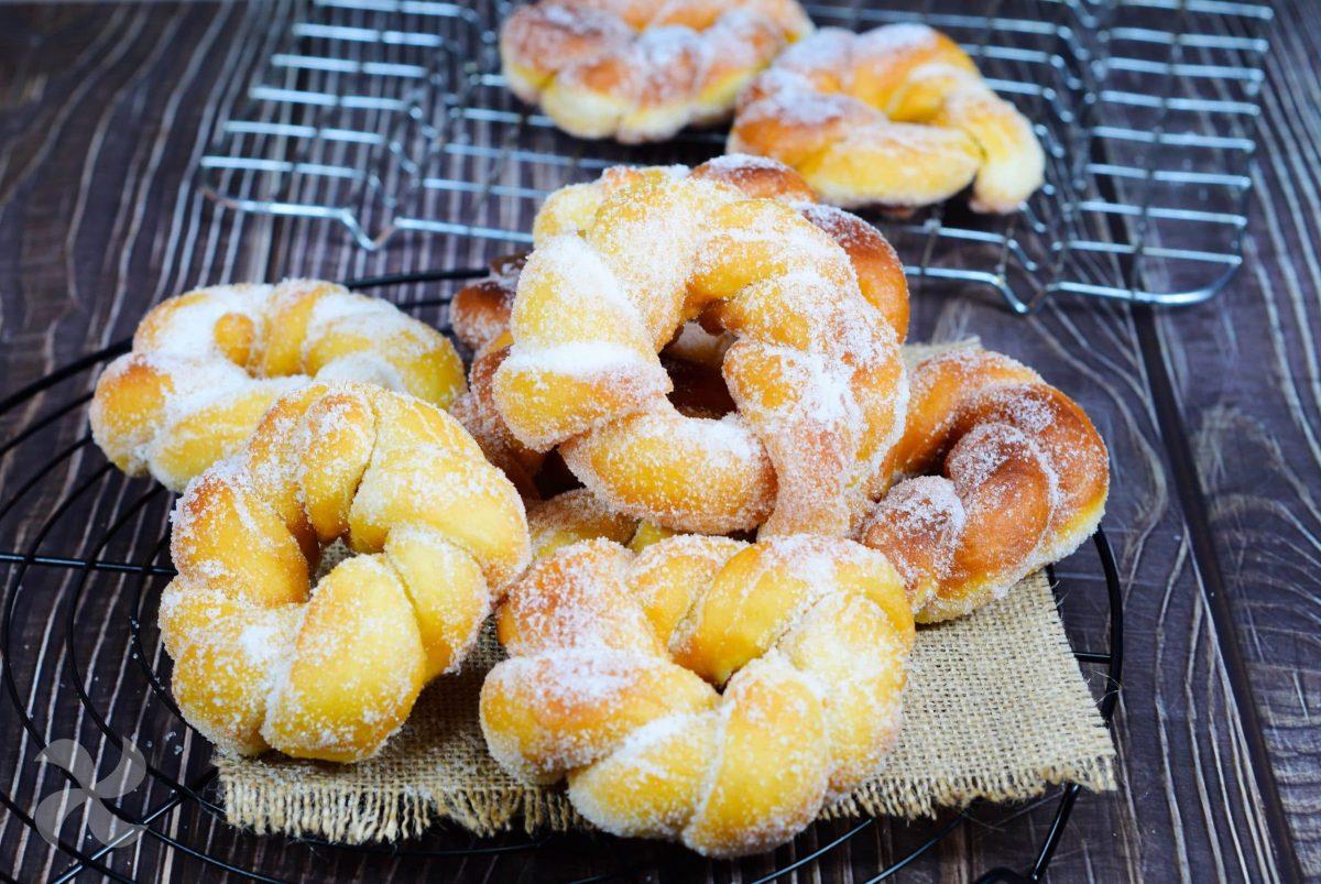 Donuts con forma rizada