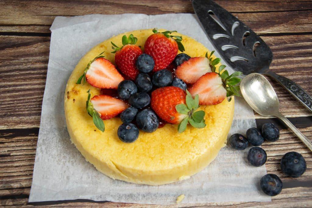 Tarta de queso con frutas