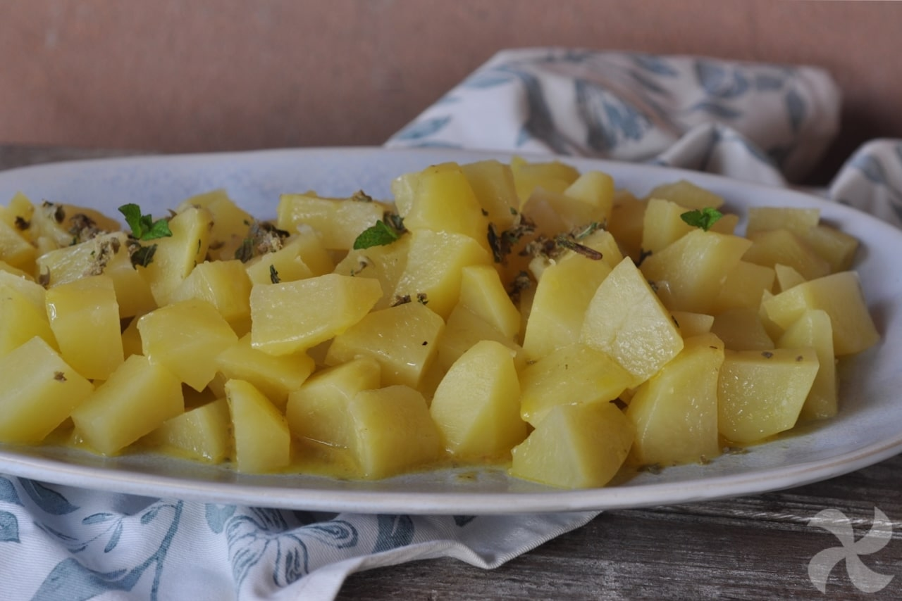 Patatas con aliño de mostaza