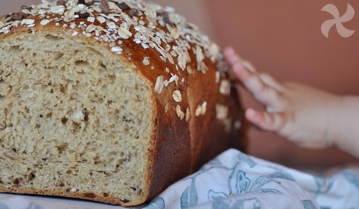 Pan brioche con avena y chocolate